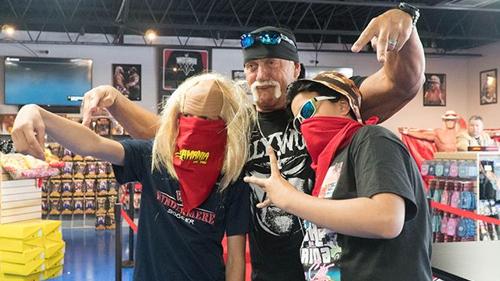 Hulk Hogan Signing Event June 24th in Orlando, FL!